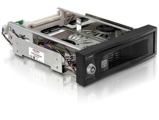 """DeLock výměnný rámeček 5,25"""" pro 3,5"""" SATA HDD, s ventilátorem"""